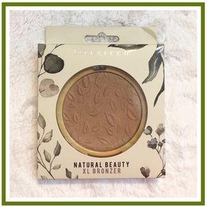 livegreen Natural Beauty Gorgeous Glow XL Bronzer